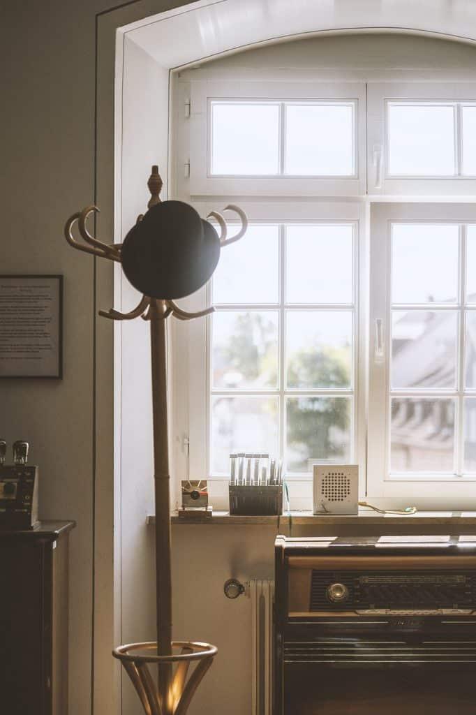 cozy, old school, radio